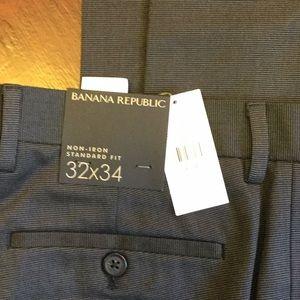 Banana Republic Non-Iron Standard Fit Dress Pants